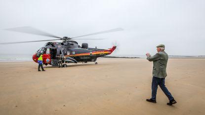 VIDEO. Sea King brengt eresaluut aan alle kustgemeenten tijdens laatste vlucht