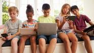 Hoger risico op hart- en vaatziekten voor kinderen die wekelijks 10 uur of meer aan scherm gekluisterd zijn