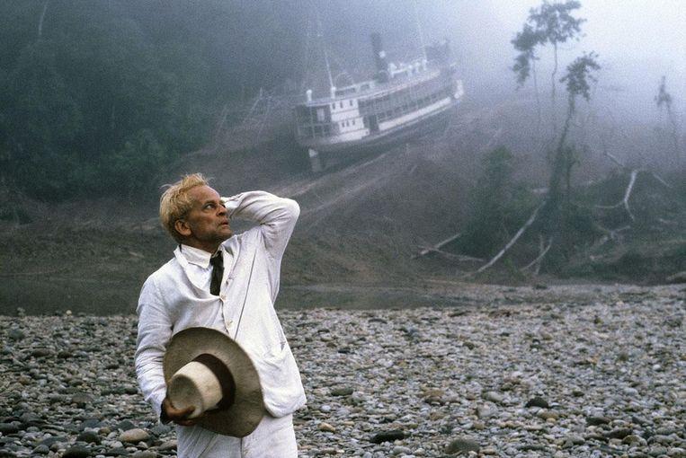 'Prachtig hoe Werner Herzog het thema verbeeldde van de artiest die het onmogelijke wil.' Beeld null