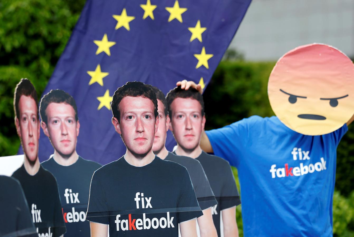 Facebook lag afgelopen jaar zwaar onder vuur, ook in Europa. Nick Clegg moet de relaties tussen Brussel en het sociale medium verbeteren.
