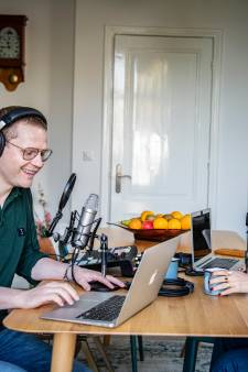 Luuk Ikink en zijn Simone presenteren elke ochtend de OchtendPod