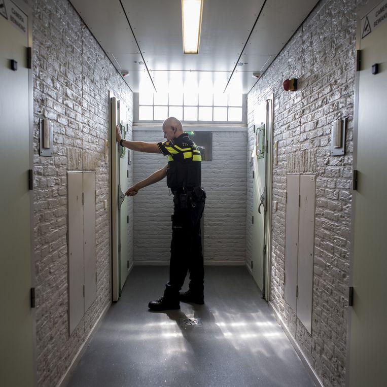 Een celblok voor verwarde personen bij de politie Utrecht. Beeld Mike Roelofs