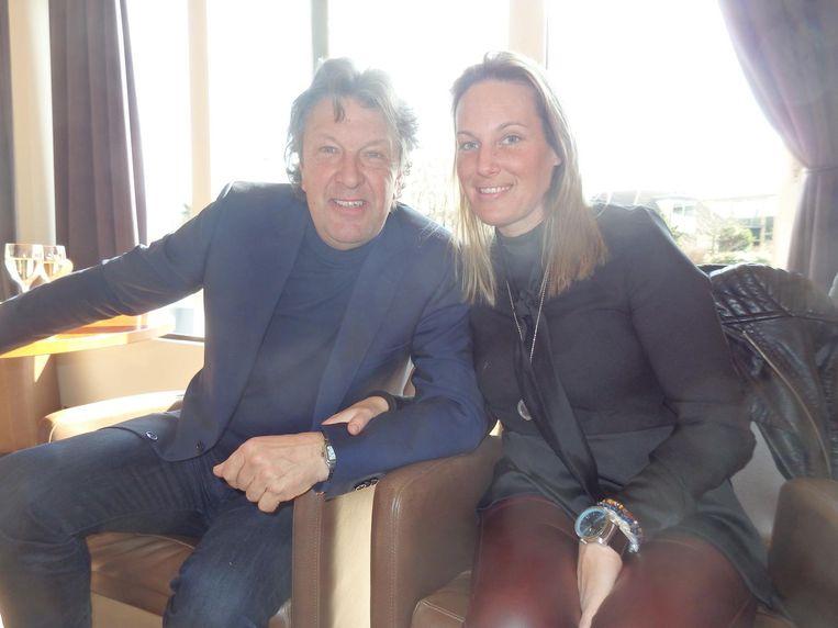 Oud-international Ben Wijnstekers met Louise. Ook een Wijnstekers? 'Nog niet.' Duidelijk. Nu nog Louise de Jager Beeld Schuim