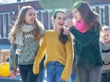Warme truien op lenteachtige dag: leerlingen Mozaïek denken aan het klimaat