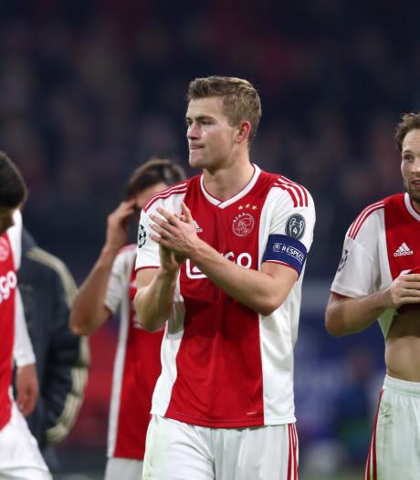 Ajax grijpt net naast groepswinst na memorabel duel met Bayern