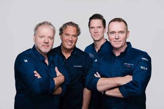 De chef-koks van de Sterren Drive Thru in Rotterdam: Mario Ridder, Fred Mustert, Jos Grootscholten en Erik van Loo (vlnr). Nu hun restaurants dicht zijn, beginnen ze samen een afhaalloket op de parkeerplaats van voetbalclub Excelsior.