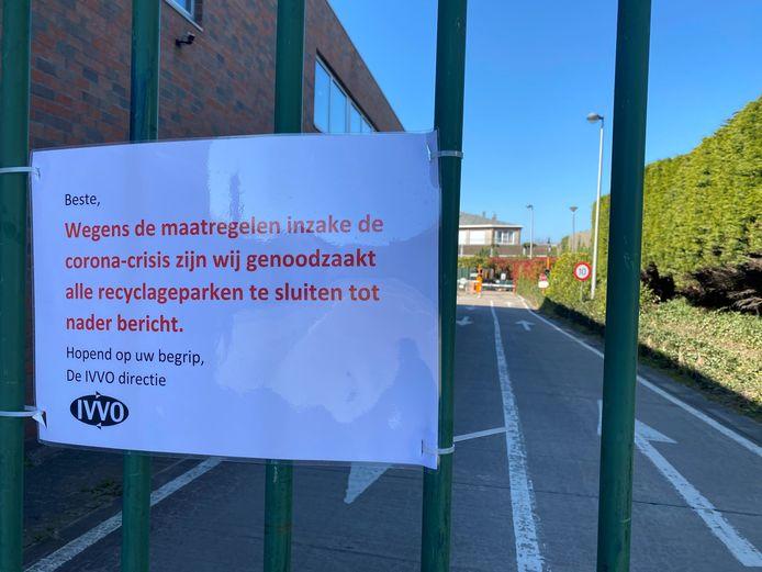 In West-Vlaanderen openen in alle gemeenten de containerparken dinsdag opnieuw de deuren.