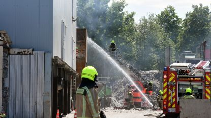 Brand aan afvalwerkingsinstallatie bij Metaalhandel Werrens