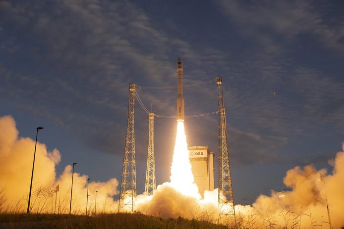 De Aeolus satelliet lanceerde woensdagavond om 23.30 uur (Nederlandse tijd).