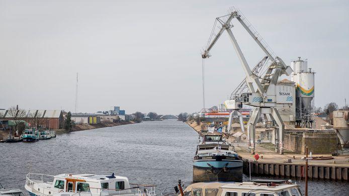 ENSCHEDE - Binnenhaven haven Enschede.  verhaal over economische betekenis van de haven voor Enschede. EDITIE: ENSCHEDE FOTO: Emiel Muijderman EVM20180315