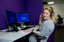 Marike Mas werkt in het callcenter van Noot Personenvervoer in Ede.