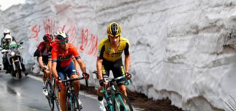 Giro ontploft door golf van aanvallen