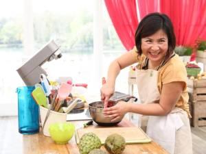"""Lu-Anh, la candidate belge du Meilleur Pâtissier: """"J'ai gagné dix ans pendant le concours"""""""