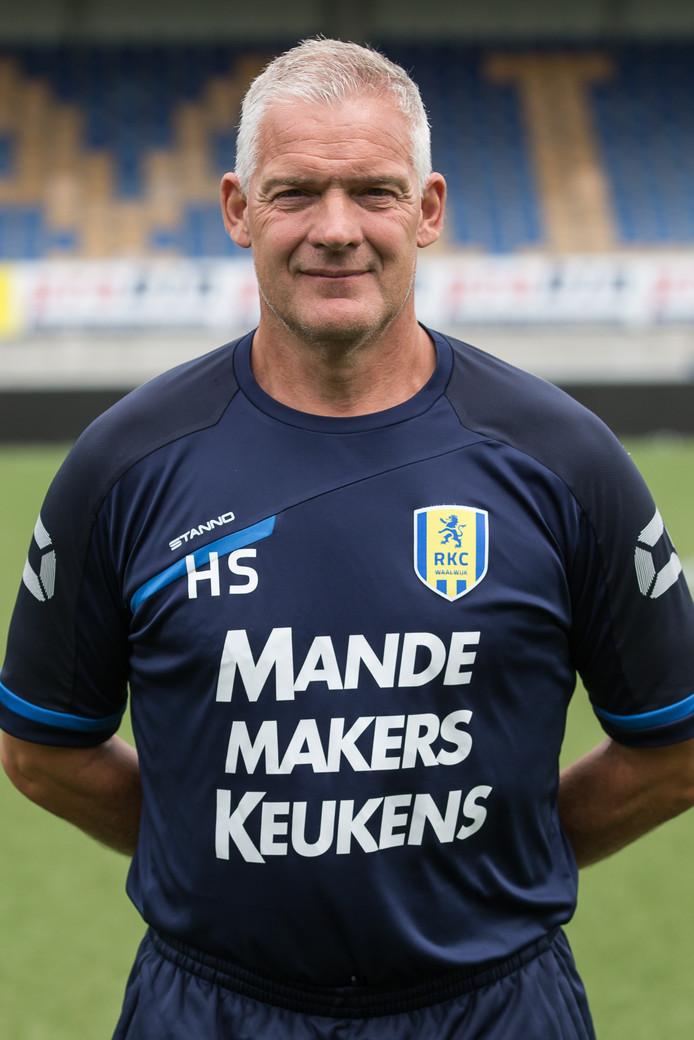 Hans Segers vertrekt na vier jaar werkzaam te zijn geweest als parttime keeperstrainer bij RKC Waalwijk.