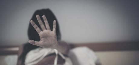 Drie Roemenen 'eindelijk' opgepakt voor brute groepsverkrachting