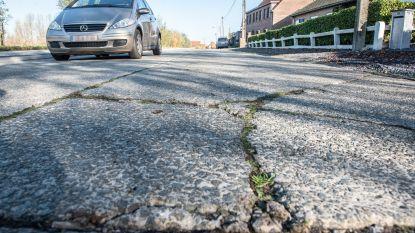 Herstelling Grotenbroekstraat duurt twee maanden, maar verkeer kan altijd over één weghelft door