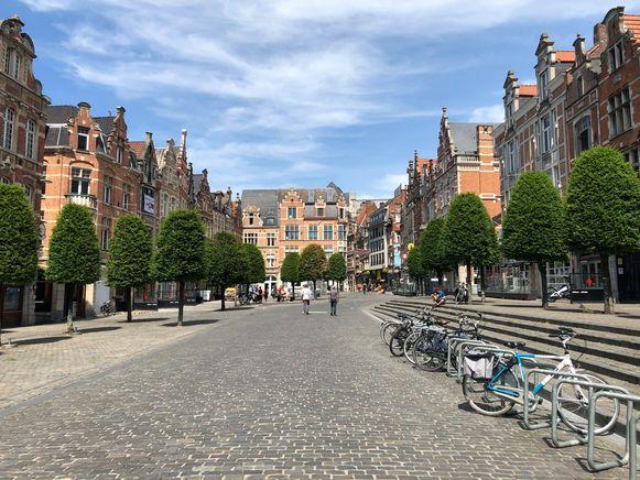 Oude Markt op Hemelvaartsdag.