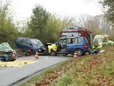 Vrouw gewond na frontale botsing op Zuthemerweg in Heino