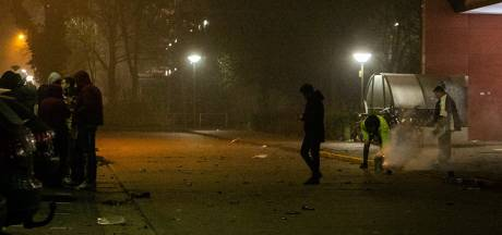 Rouwstoet in Ede bekogeld met vuurwerk: 'De rillingen lopen over je rug'