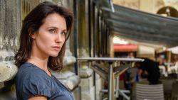 """Vlaamse actrice getuigt voor het eerst voor camera over de verkrachtingszaak tegen topregisseur Luc Besson: """"Hij zag dat ik weende, maar bleef doorgaan"""""""