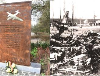 """Acht mannen stierven 75 jaar geleden in tragische vliegtuigcrash net ná Tweede Wereldoorlog: """"Anderhalf jaar voerden ze gevaarlijke bombardementen uit. En dan sterven bij oefenvlucht"""""""