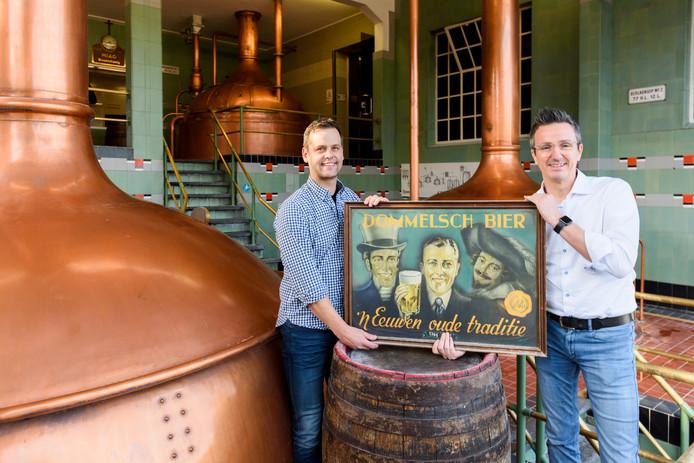 Joost van de Sande (l) en Bart Simonet in de brouwerij.