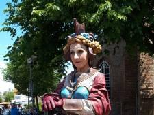 Domburg Statue Festival: 'Ze is echt maar ook weer niet echt'