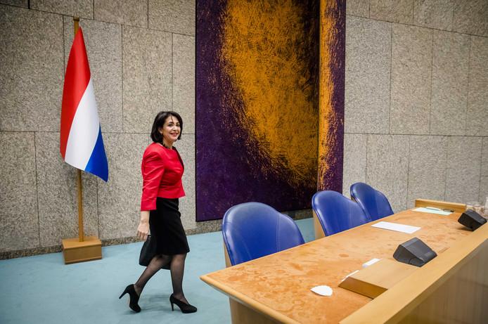 De driekleur gooit olie op het vuur rotterdam ad.nl