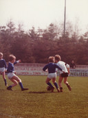 Leon Vlemmings in actie bij de jeugd van Gemert.