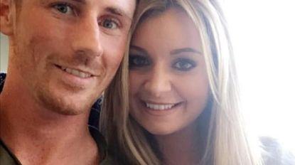 """""""Ik was met Chris aan het bellen toen hij stierf en hoorde alles gebeuren"""": vriendin Schotse voetballer luistert machteloos toe als hij voor trein stapt"""