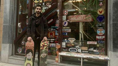 Brusselse artiest tekent politici op skateboards
