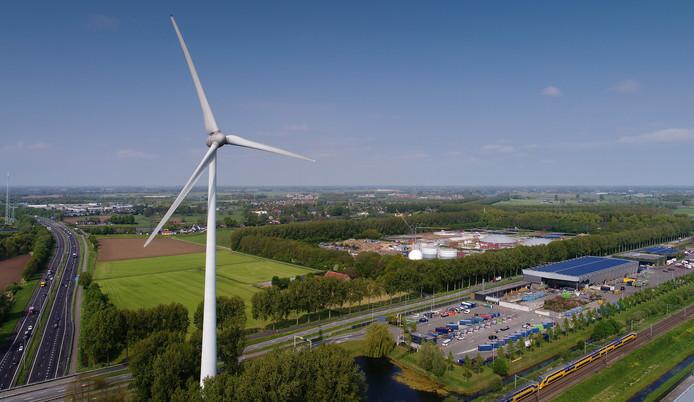 De windmolen bij Treurenburg richting Engelen.