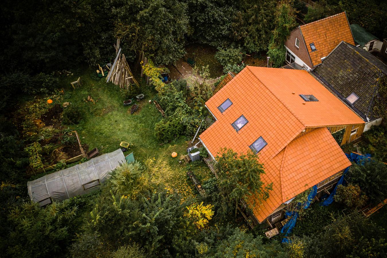 De boerderij in Drentse Ruinerwold waar Gerrit Jan van D. zijn gezin jarenlang verborgen hield voor de buitenwereld.