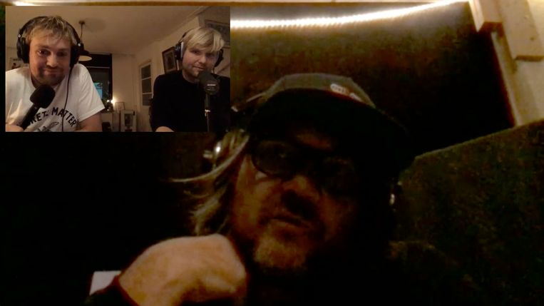 Jeff Tweedy via de webcam met Tim Knol en Djurre de Haan. Beeld Screenshot