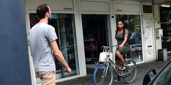 Rotterdammers over het sisverbod: 'Hoe moet je dan laten merken dat je interesse hebt?'