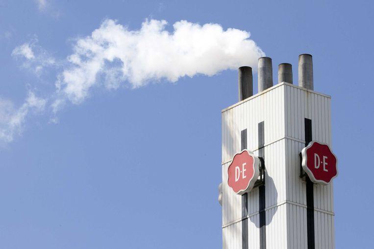 De fabriek van Douwe Egberts in Utrecht. Moederbedrijf JDE Peet's gaat naar de Amsterdamse beurs.  Beeld ANP