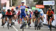 Beresterke Tratnik sneuvelt met de meet in zicht, Bonifazio sprint verrassend naar overwinning