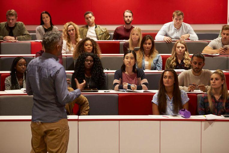 De studenten die het niet in vijf jaar halen, eindigen niet allemaal zonder diploma. De meesten kiezen voor een andere richting of gaan naar een hogeschool.