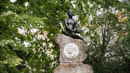 """Ook in Citadelpark staat 'fout' monument: """"Een naakte zwarte met een lendendoek, dat was ons beeld van de Congolees"""""""