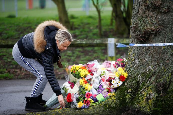 Mensen legden afgelopen weekend massaal bloemen voor Jodie