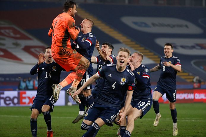 Feest bij Schotland na het bereiken van het EK.