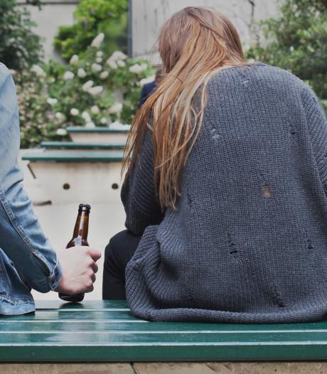 Strenge regels alcohol op straat blijven; geen totaalverbod lachgas