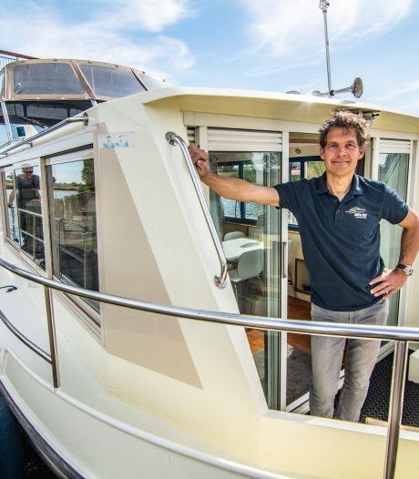 Pleziervaarders en botenverhuurders opgelucht nu sluizen en bruggen van coronaslot gaan