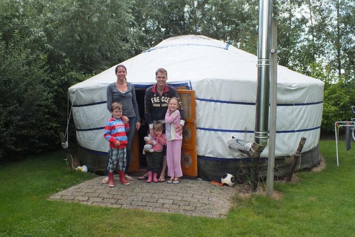 De familie Kramer heeft prima geslapen in de yurt. ;In zo'n bijzondere tent slaap je niet iedere nacht...