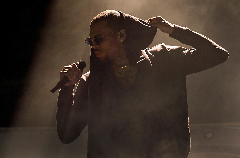 Chris Brown tijdens een optreden in Amsterdam.