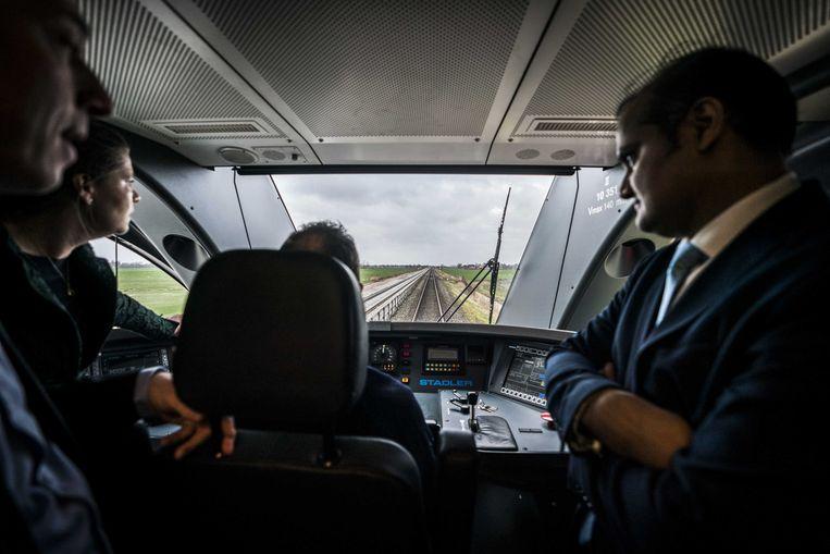 Dankzij Automated Train Operation (ATO) rijdt de trein automatisch.