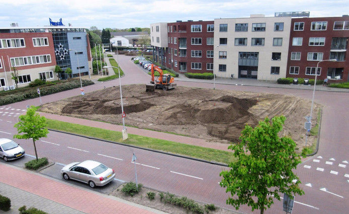 Anne Frankplein, Rijen.
