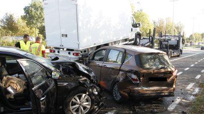 Opnieuw ongeval waarbij auto op file inrijdt op N45, bestuurster gewond afgevoerd