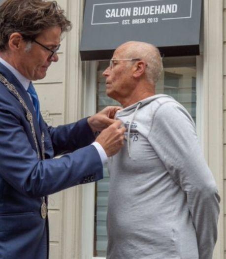 Lintje voor Hans Holierhoek, populaire wijkagent in het Ginneken