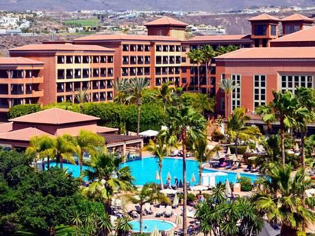 LIVE | Honderden hotelgasten vast op Tenerife na besmetting, vierde Japanse passagier cruiseschip overleden